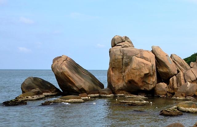 10 bố cục đá của thiên nhiên